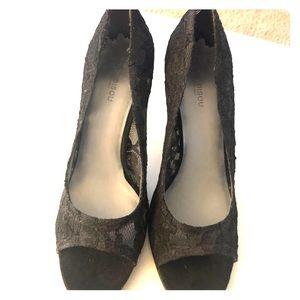 All over lace black peep toe heels 7m
